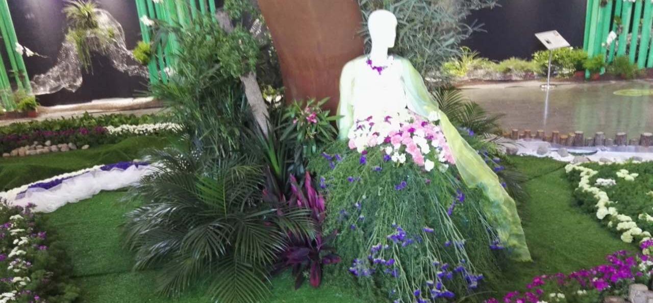 童话水墨手绘植物花卉