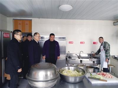 脱贫攻坚:中国贸促会贸促会在行动